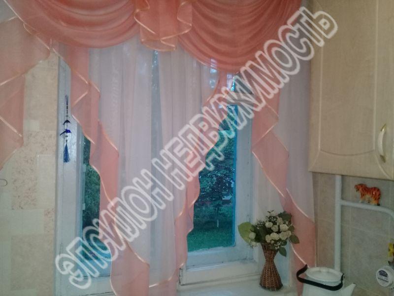 Продам 3-комнатную квартиру в городе Курск, на улице Рабочая 2-я, 9б, 3-этаж 4-этажного Кирпич дома, площадь: 41/28/6 м2