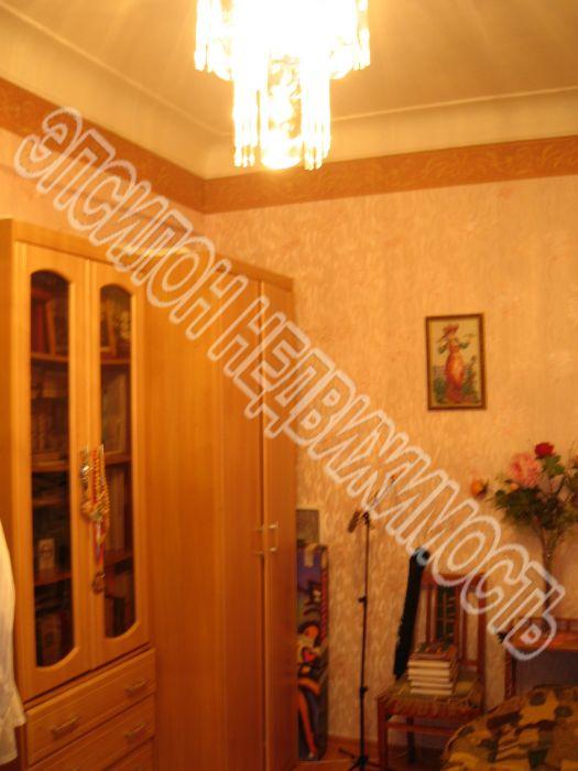 Продам 2-комнатную квартиру в городе Курск, на улице Советская, 26, 1-этаж 4-этажного Кирпич дома, площадь: 54/31/7 м2