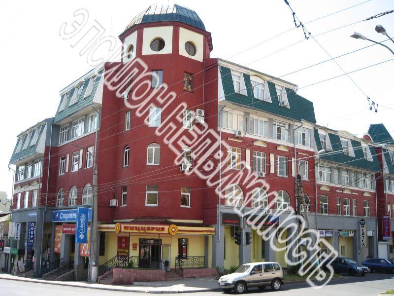 Продам 2-комнатную квартиру в городе Курск, на улице Радищева, 14/20, 2-этаж 5-этажного Кирпич дома, площадь: 75/45/15 м2