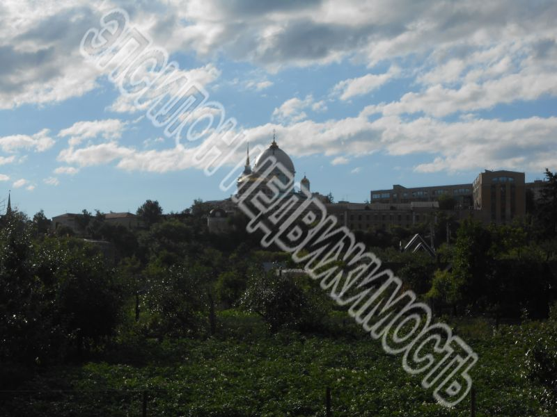 Курск, ул.Комсомольский пер., 1, площадь: 700  м2, участок: 7 соток.