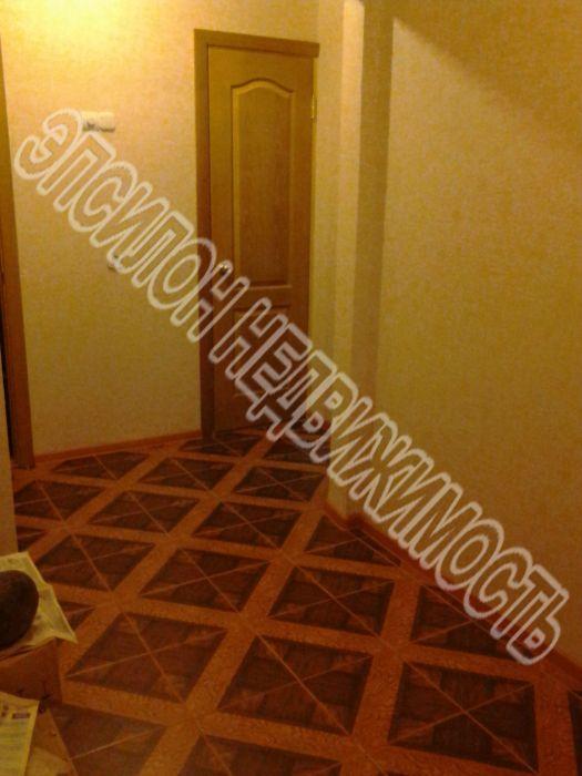 Продам 2-комнатную квартиру в городе Курск, на улице Победы пр-т, 42, 4-этаж 17-этажного Панель дома, площадь: 57.39/29.4/10.97 м2