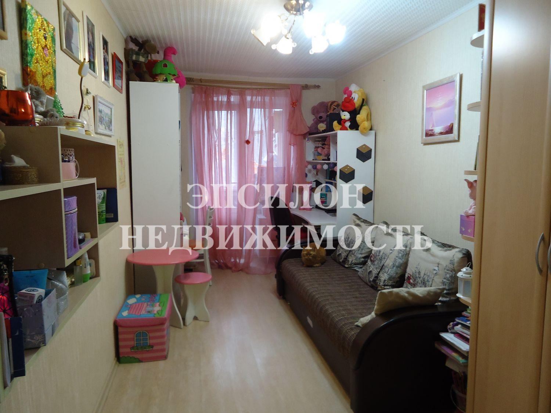 Продам 2-комнатную квартиру в городе Курск, на улице 50 лет Октября, 15, 3-этаж 5-этажного Кирпич дома, площадь: 45.1/30/6 м2
