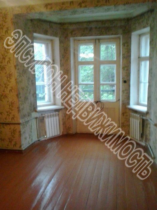 Продам 3-комнатную квартиру в городе Курск, на улице Заводская, 11, 2-этаж 2-этажного Кирпич дома, площадь: 66/45/7.9 м2