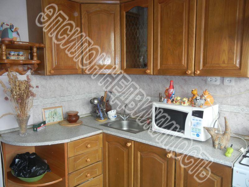 Продам 2-комнатную квартиру в городе Курск, на улице Майский б-р, 30, 7-этаж 9-этажного Панель дома, площадь: 54/34/9 м2