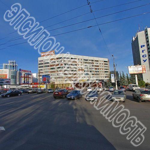 Продам 4-комнатную квартиру в городе Курск, на улице К. Маркса, 55, 2-этаж 10-этажного Кирпич дома, площадь: 134/75.4/10.1 м2