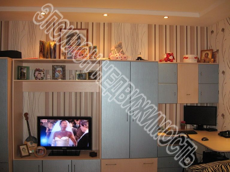 Продам 2-комнатную квартиру в городе Курск, на улице Звездная, 3, 7-этаж 9-этажного Панель дома, площадь: 55/31.2/9 м2