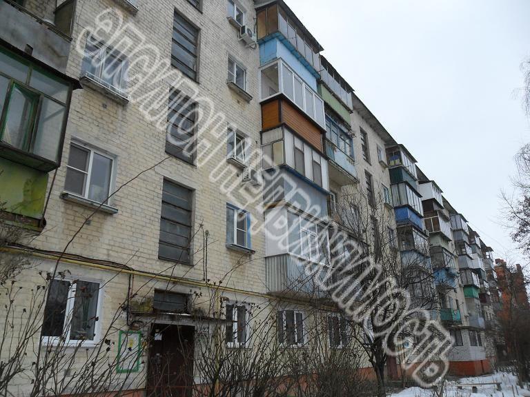 Продам 2-комнатную квартиру в городе Курск, на улице Мирная, 19а, 3-этаж 5-этажного Кирпич дома, площадь: 43/28/6 м2