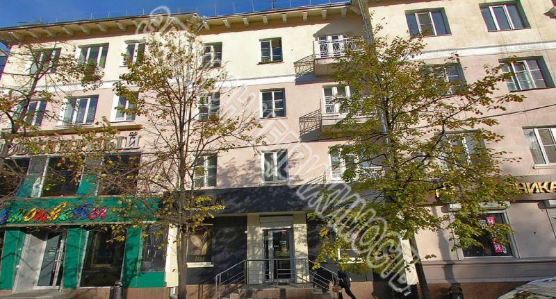 Продам 2 комнат[у,ы] в городе Курск, на улице Ленина, 3-этаж 4-этажного Кирпич дома, площадь: 50/33/7.5 м2