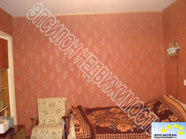 Продам 2-комнатную квартиру в городе Курск, на улице Димитрова, 9, 1-этаж 4-этажного Кирпич дома, площадь: 46/27/6 м2