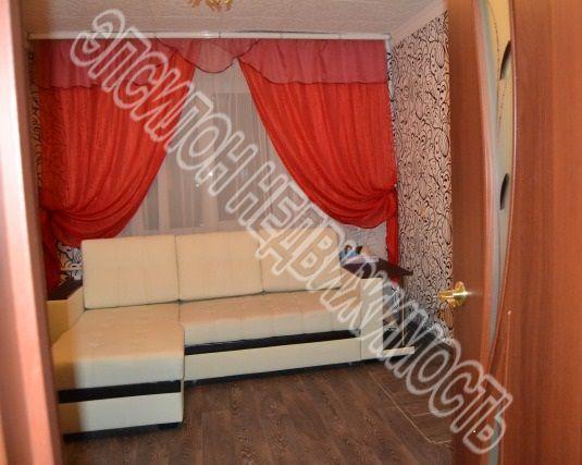 Продам 2-комнатную квартиру в городе Курск, на улице Красный октябрь, 9б, 5-этаж 5-этажного Кирпич дома, площадь: 47/28.7/8 м2
