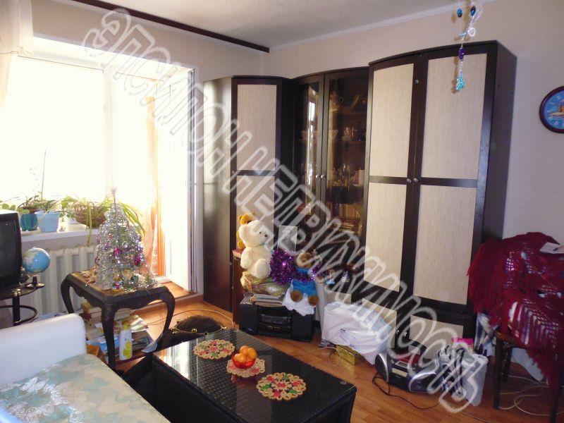 Продам 2-комнатную квартиру в городе Курск, на улице Никитская, 16, 1-этаж 9-этажного Кирпич дома, площадь: 52.5/32/12 м2