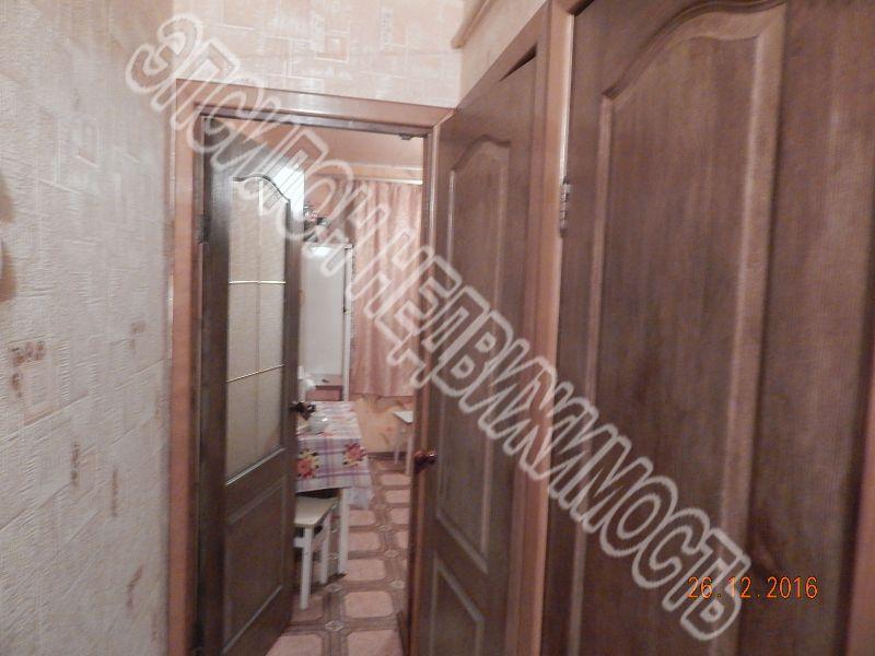 Продам 4-комнатную квартиру в городе Курск, на улице Дейнеки, 38, 1-этаж 5-этажного Панель дома, площадь: 61/50/6 м2