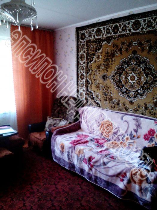 Продам 4-комнатную квартиру в городе Курск, на улице Цюрупы, 3, 1-этаж 9-этажного Кирпич дома, площадь: 78.5/54/9 м2