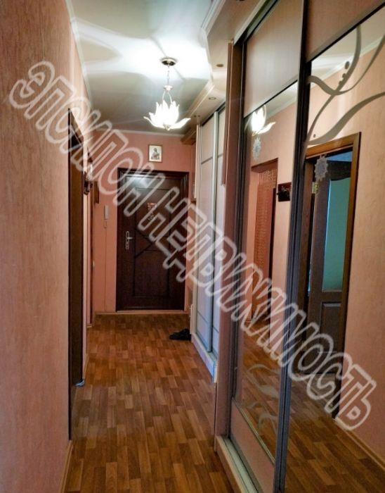 Продам 3-комнатную квартиру в городе Курск, на улице Победы пр-т, 14, 11-этаж 17-этажного Панель дома, площадь: 84.83/47.77/9.77 м2