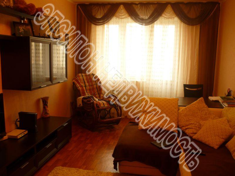 Продам 3-комнатную квартиру в городе Курск, на улице В. Клыкова пр-т, 41, 8-этаж 17-этажного Панель дома, площадь: 80.87/47.77/9.77 м2