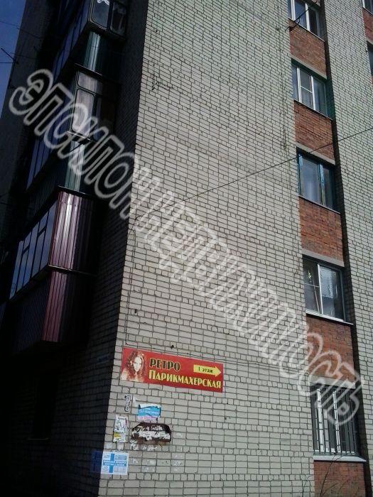 Продам 2-комнатную квартиру в городе Курск, на улице Красный октябрь, 10, 2-этаж 9-этажного Кирпич дома, площадь: 33/20/6 м2