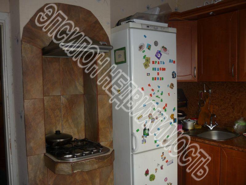 Продам 3-комнатную квартиру в городе Курск, на улице Студенческая, 24, 1-этаж 9-этажного Панель дома, площадь: 72.8/47.7/9.2 м2