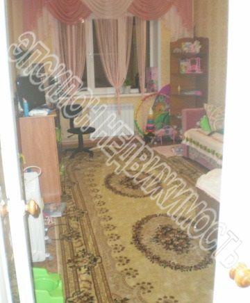 Продам 1-комнатную квартиру в городе Курск, на улице Комарова, 8б, 9-этаж 9-этажного Панель дома, площадь: 42/20/8.5 м2