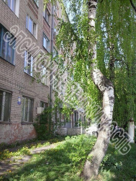 Продам 0 комнат[у,ы] в городе Курск, на улице Красный октябрь, 1-этаж 5-этажного Кирпич дома, площадь: 18/18/0 м2