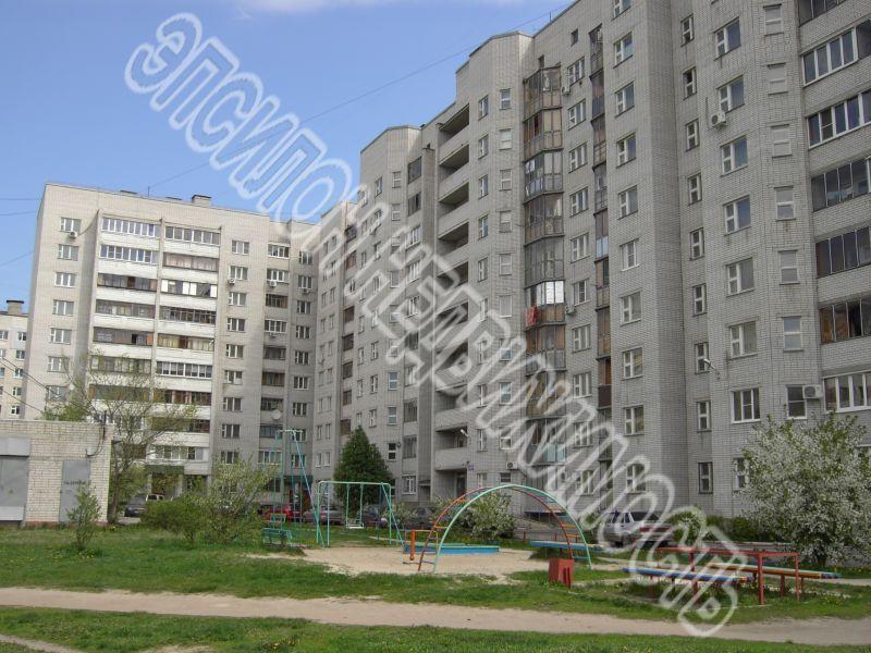 Продам 4-комнатную квартиру в городе Курск, на улице Серегина, 22б, 5-этаж 10-этажного Кирпич дома, площадь: 106/67/10 м2