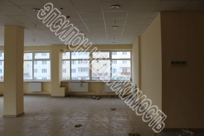 Железногорск, ул., 1-этаж 17-этажного здания