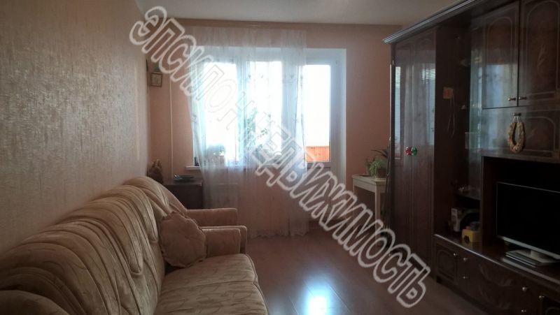 Продам 3-комнатную квартиру в городе Курск, на улице В. Клыкова пр-т, 7, 16-этаж 17-этажного Панель дома, площадь: 84.83/47.77/9.77 м2