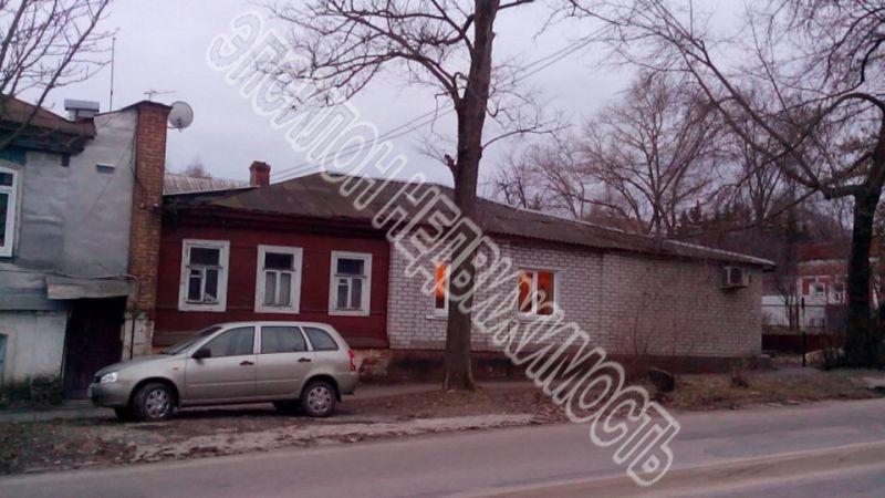 Город: Курск, улица: Большевиков, 26, площадь: 73 м2, участок: 3 соток