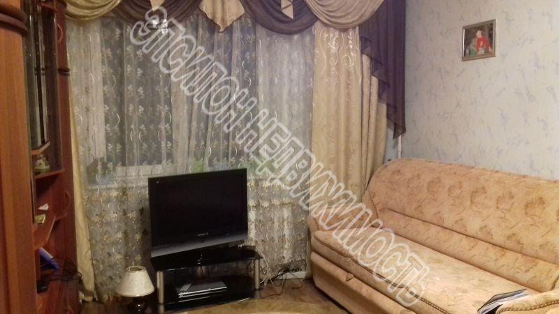 Продам 2-комнатную квартиру в городе Курск, на улице Победы пр-т, 38, 1-этаж 17-этажного Панель дома, площадь: 56.62/33.72/9.18 м2