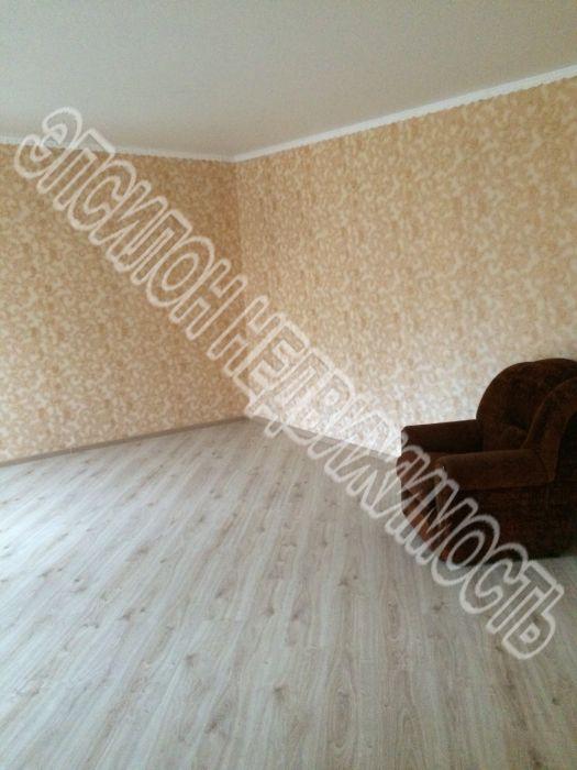 Продам 2 комнат[у,ы] в городе Курск, на улице Серегина, 3-этаж 5-этажного Кирпич дома, площадь: 40/40/6 м2