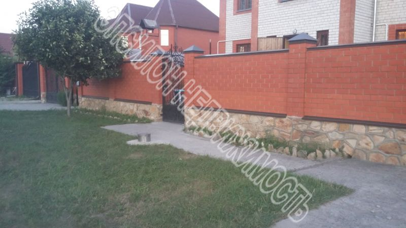 Город: Курск, улица: Дружбы пр-т, 43, площадь: 190 м2, участок: 5 соток