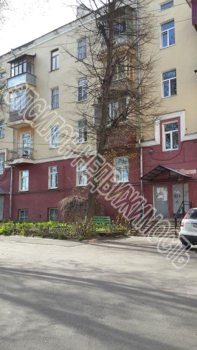 Продам 2-комнатную квартиру в городе Курск, на улице Дзержинского, 90, 2-этаж 5-этажного Кирпич дома, площадь: 59/32/11 м2