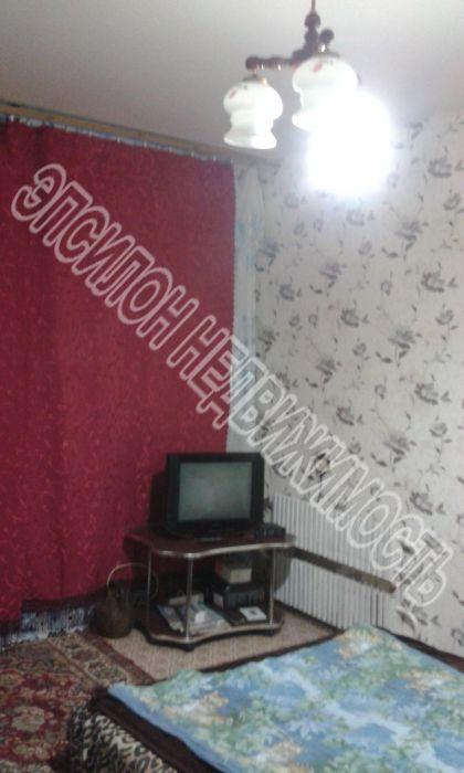 Продам 1-комнатную квартиру в городе Курск, на улице Хрущева пр-т, 15а, 1-этаж 9-этажного Панель дома, площадь: 30/12/8 м2