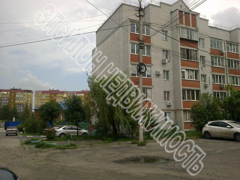 Продам 2-комнатную квартиру в городе Курск, на улице Хрущева пр-т, 22, 2-этаж 5-этажного Кирпич дома, площадь: 52/31.3/9.5 м2