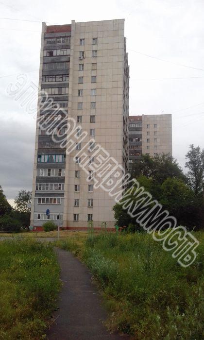 Продам 4-комнатную квартиру в городе Курск, на улице Кулакова пр-т, 1б, 11-этаж 14-этажного Кирпич дома, площадь: 76/44/9 м2