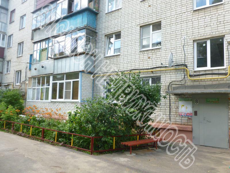 Продам 4-комнатную квартиру в городе Курск, на улице Союзная, 13, 4-этаж 5-этажного Кирпич дома, площадь: 61.5/45.4/6 м2