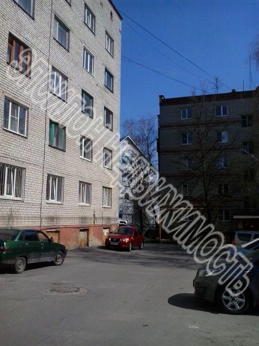 Продам 1 комнат[у,ы] в городе Курск, на улице Красный октябрь, 2-этаж 5-этажного Кирпич дома, площадь: 18/18/20 м2