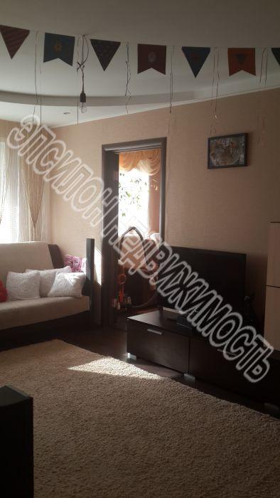 Продам 3-комнатную квартиру в городе Курск, на улице Ольшанского, 20, 3-этаж 5-этажного Панель дома, площадь: 57/39/6 м2