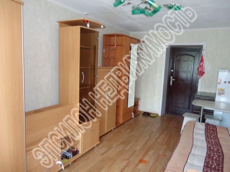 Продам 1 комнат[у,ы] в городе Курск, на улице Красный октябрь, 3-этаж 5-этажного Кирпич дома, площадь: 17.2/17.2/0 м2