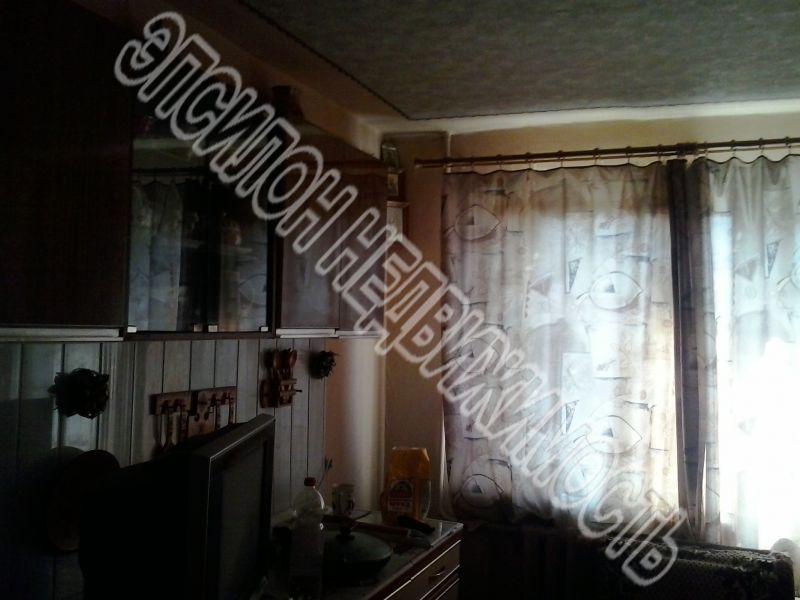 Продам 1 комнат[у,ы] в городе Курск, на улице Красный октябрь, 4-этаж 5-этажного Кирпич дома, площадь: 12.5/12.5/20 м2