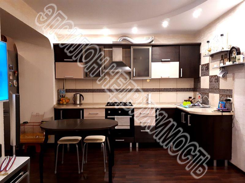 Продам 1-комнатную квартиру в городе Курск, на улице Хрущева пр-т, 12, 10-этаж 10-этажного Кирпич дома, площадь: 42.6/24.7/10 м2
