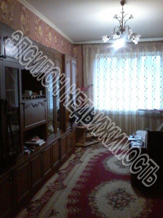Продам 3-комнатную квартиру в городе Курск, на улице Дружининская, 7а, 2-этаж 10-этажного Кирпич дома, площадь: 94/60/22 м2