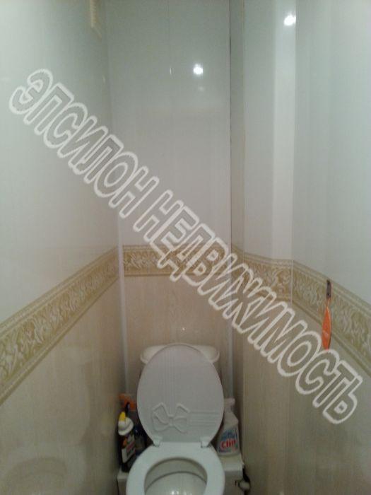 Продам 3-комнатную квартиру в городе Курск, на улице Ленинского Комсомола пр-т, 60, 1-этаж 5-этажного Панель дома, площадь: 50/34/6 м2