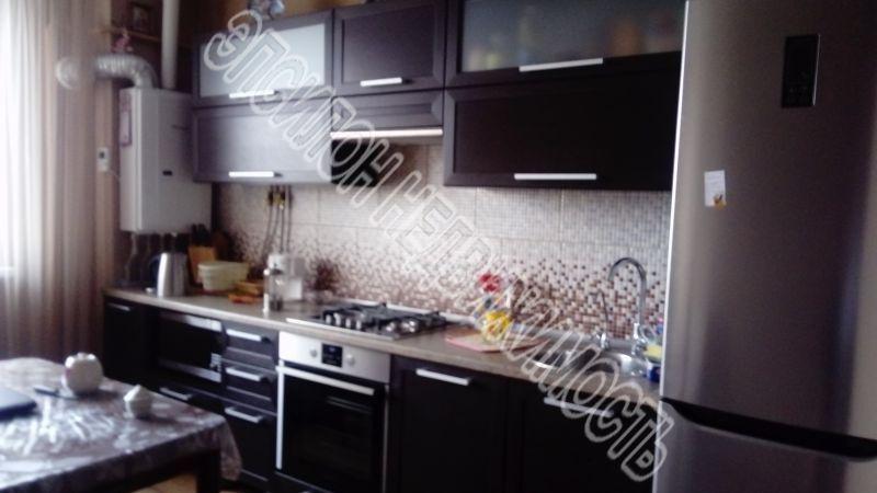 Продам 2-комнатную квартиру в городе Курск, на улице Чернышевского, 68а, 10-этаж 10-этажного Кирпич дома, площадь: 54/32/9 м2