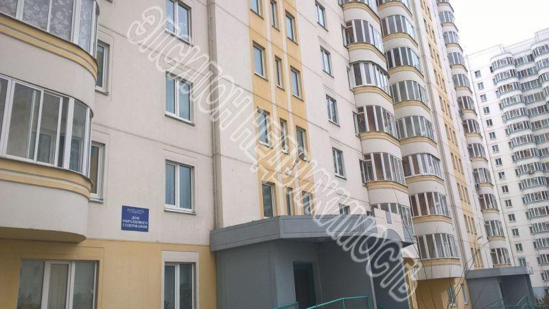 Продам 3-комнатную квартиру в городе Курск, на улице В. Клыкова пр-т, 11, 8-этаж 17-этажного Панель дома, площадь: 80.87/45.85/9.77 м2