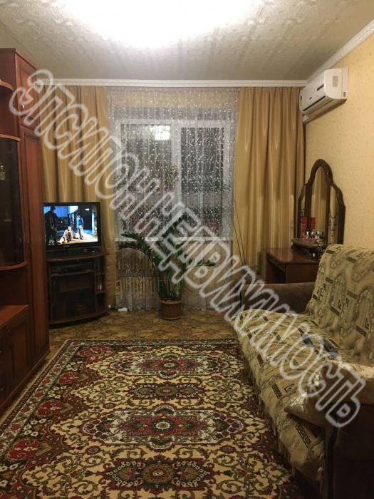 Продам 2-комнатную квартиру в городе Курск, на улице Ленинского Комсомола пр-т, 61, 2-этаж 9-этажного Кирпич дома, площадь: 37/27.3/7 м2