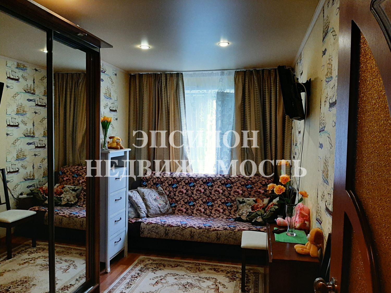 Продам 2-комнатную квартиру в городе Курск, на улице Сумская, 46б, 4-этаж 5-этажного Панель дома, площадь: 42.1/27/6 м2