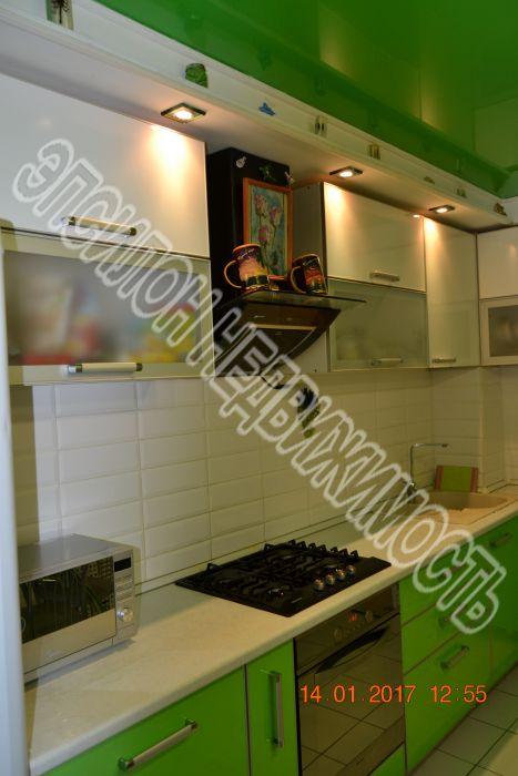 Продам 3-комнатную квартиру в городе Курск, на улице Черняховского, 60, 1-этаж 9-этажного Кирпич дома, площадь: 62/39/9 м2
