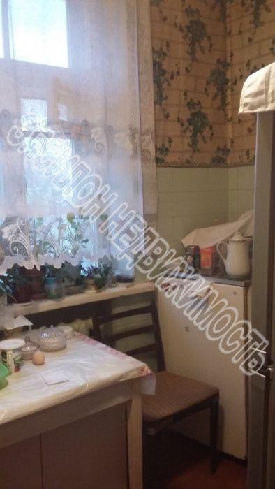 Продам 2-комнатную квартиру в городе Курск, на улице Харьковская, 12, 3-этаж 3-этажного Кирпич дома, площадь: 48/31/7 м2