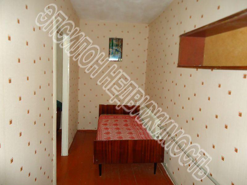 Продам 2-комнатную квартиру в городе Курск, на улице 50 лет Октября, 15, 5-этаж 5-этажного Кирпич дома, площадь: 41/27.2/5.8 м2