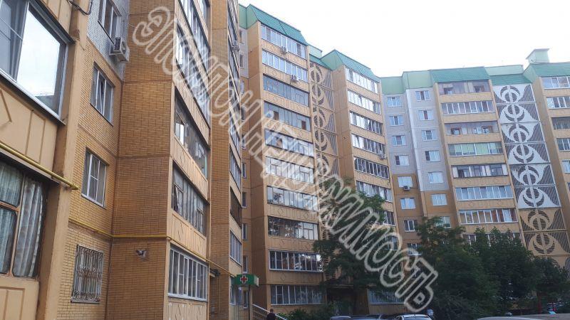 Продам 2-комнатную квартиру в городе Курск, на улице Победы пр-т, 8, 6-этаж 10-этажного Панель дома, площадь: 56/29/9 м2